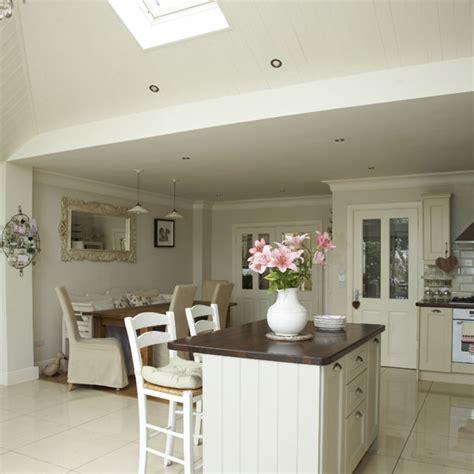 Kitchen Diner Flooring Ideas by Open Plan Neutral Kitchen Kitchen Diners Ideal Home