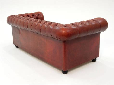Oxblood Chesterfield Sofa Fabulous Tufted Oxblood Leather Chesterfield Sofa At 1stdibs
