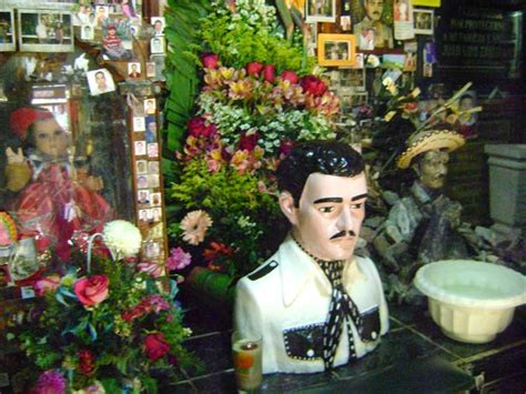 imagenes chidas de jesus malverde los santos de la narco cultura