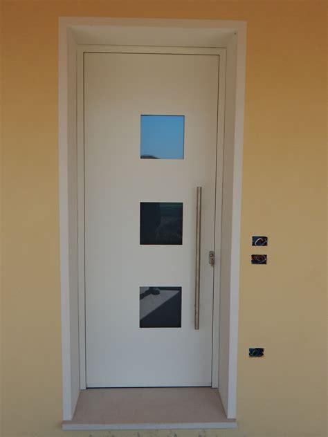 porte d ingresso in alluminio e vetro portoncini in legno con vetro