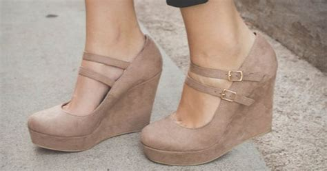 comfortable nude wedges these nude wedges are perfect for any dress and super
