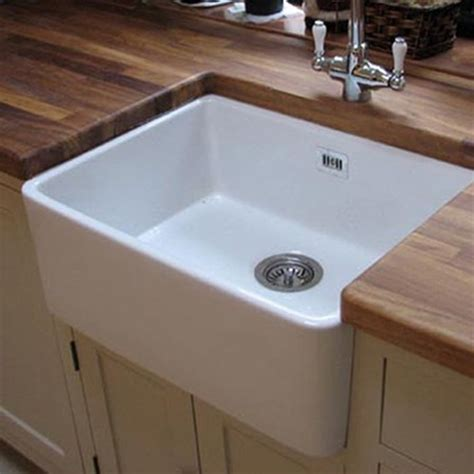 Large Ceramic Kitchen Sinks Butler Ceramic Fireclay Large Belfast Kitchen Sink With Waste 595 X 475mm Tap Warehouse