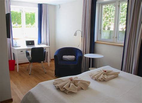 another investment for a living room 12 double chaise check inn bed breakfast bewertungen fotos