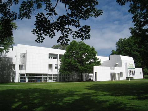 home design center westbury architect richard meier hartford seminary