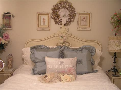 shabby chic guest bedroom 214 best images about christmas shabby chic on pinterest