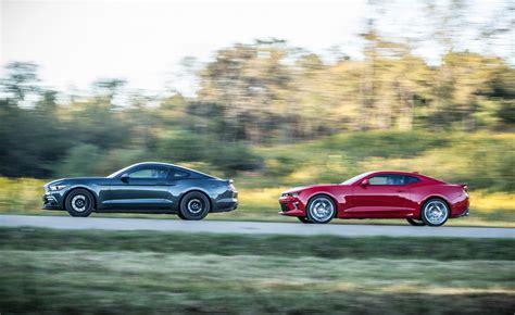 Mustang Gt Vs Camaro Ss by 2015 Ford Mustang Gt Vs 2016 Chevrolet Camaro Ss