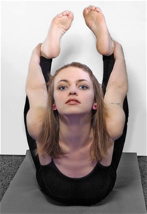 yoga feet: gnapp studios: galleries: digital photography