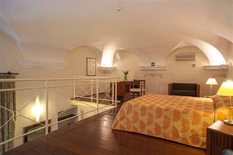 hotel con vasca idromassaggio in liguria suiti con idromassaggio in liguria a spotorno hotel villa