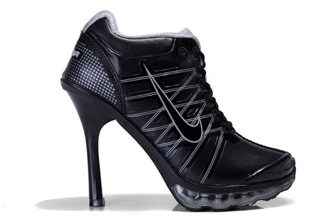 nike high heeled sneakers nike high heels scarpe nike uomo offerta uk nike