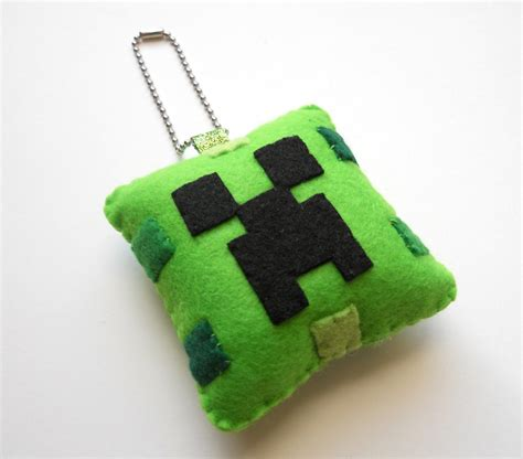printable minecraft ornaments creeper minecraft christmas ornament keychain by michelle
