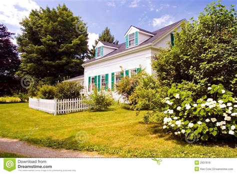 new england old farm houses new england farm garden new old new england farm house royalty free stock images