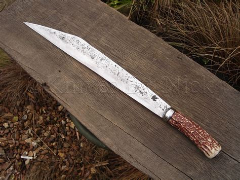rebuilding the weaponry baseline daggers knives