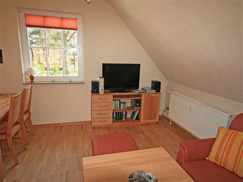 wohnzimmer hifi anlage ferienwohnung ostseebrise fischland dar 223 zingst frau
