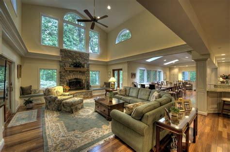 Vaulted Great Room Ideas
