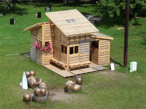 building a house yourself pallet house plans pallet playhouse plans build it