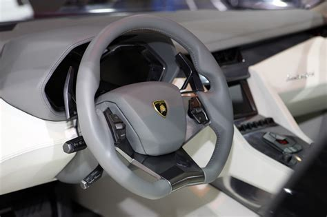 Lamborghini Estoque: Interior photos revealed
