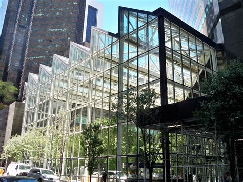 file ibm building atrium by matthew bisanz jpg wikimedia