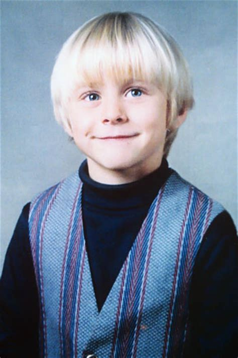 kurt cobain little biography reflections on montage of heck the life and art of kurt
