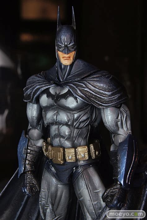 Play Arts Batman Arkham Version Limited Color Ver toyzmag 187 les figurines batman arkham asylum version