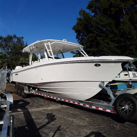 everglades boat hardware everglades 355 cc boats for sale