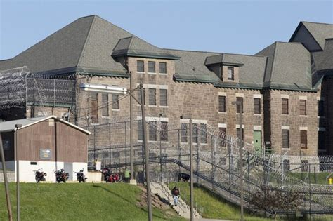 New York Search By Name New York State Prisoners Search Our Database Of All Nys Prisons Inmates