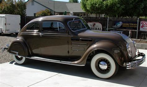 1934 Chrysler Airflow by 1934 Chrysler Airflow Information And Photos Momentcar
