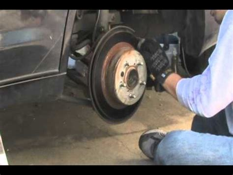 replacing rear disc brake pads/shoes on toyota 2nd gen