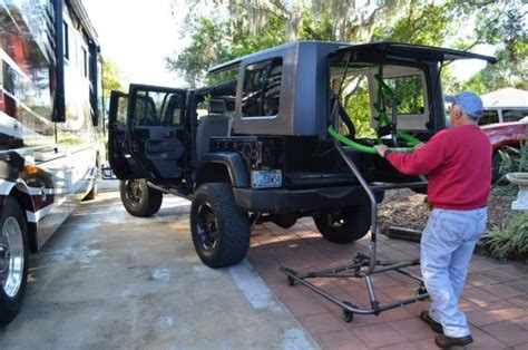 jeep wrangler top removal one person jeep wrangler top removal tool 07 18 wrangler jk 2 4