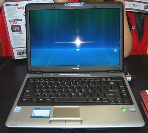 Harga Laptop Toshiba Windows Xp jual laptop toshiba satelite l310 guszcah