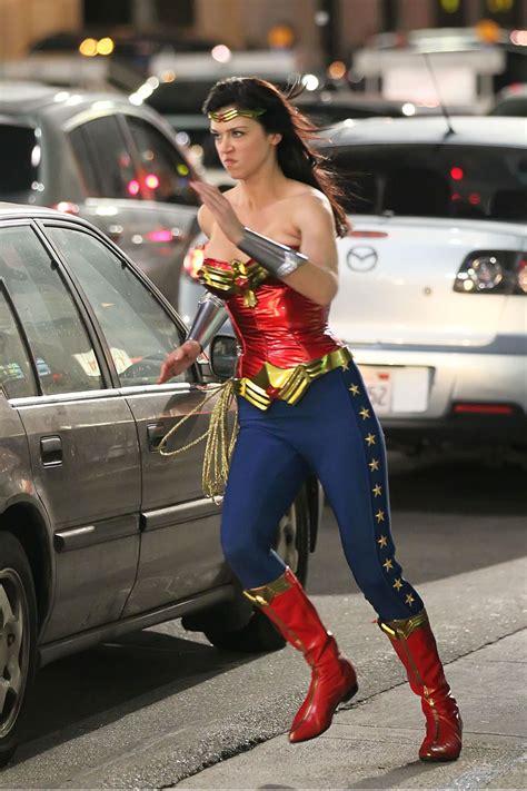 Wonder woman pilot 2011 online
