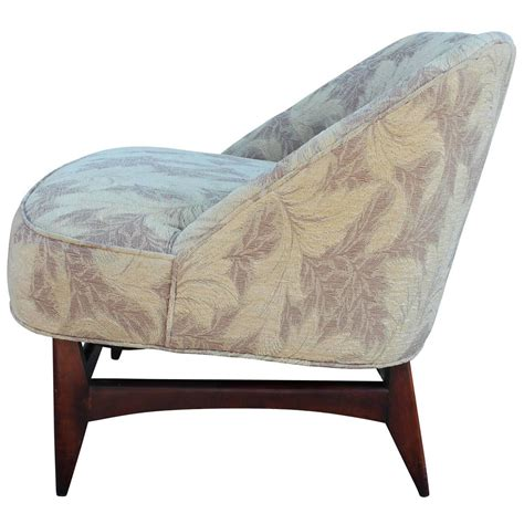 Low Profile Chair by Pair Of Low Profile Slipper Lounge Chairs For Sale