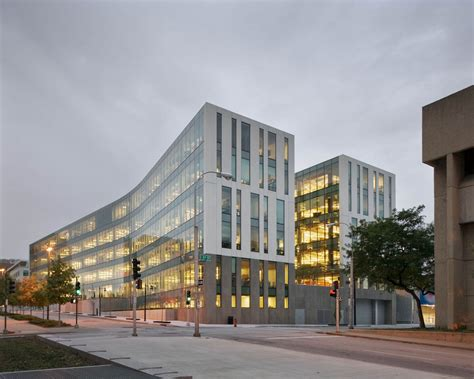City Corporate Office by Je Dunn Construction Company Corporate Headquarters Je