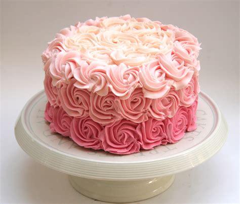 Buttercream Rose cake   Etoile Bakery