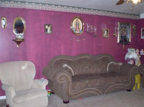 wallpaper borders for living room hall of shame ugly d 233 cor page 2 ugly house photos