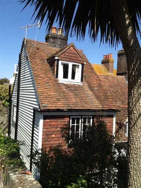 Cottage Hastings by Hastings Cottage Idyllic Character Cottage In