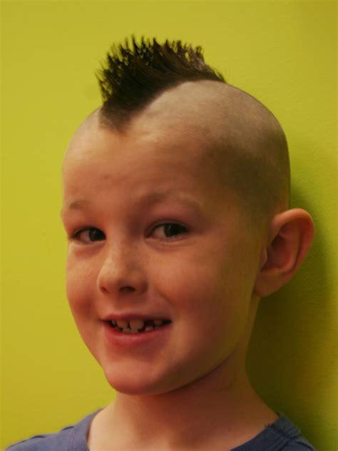 kids mohawk haircut boy with mohawk haircut mohawk boys pinterest