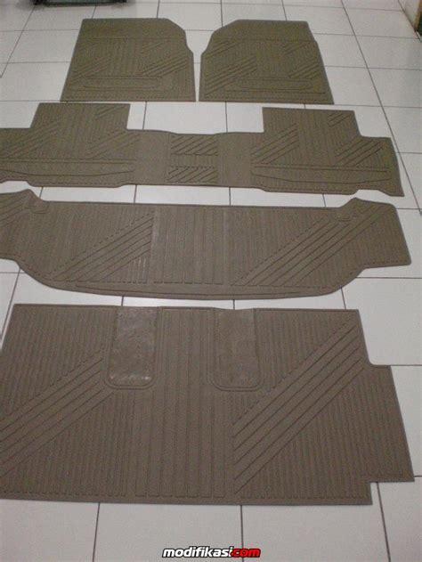 Karpet Bludru Kijang Innova karpet karet n bludru mobil
