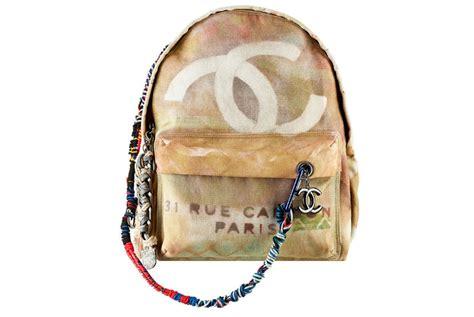 Harga Chanel Graffiti Backpack tas punggung chanel seharga rp 42 juta republika