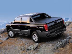 chevrolet avalanche z71 2002 06 wallpapers 2048x1536