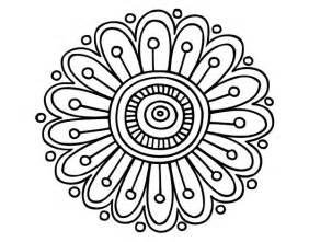 Dibujo de un mandala margarita para pintar colorear o imprimir
