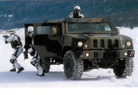 Light Armored Vehicle by Lmv Iveco Defence Vehicles Light Multirole Wheeled