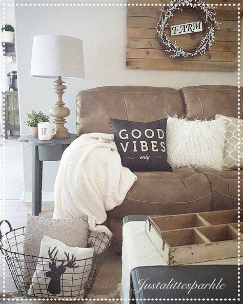 brown and decor living room 25 best ideas about brown decor on