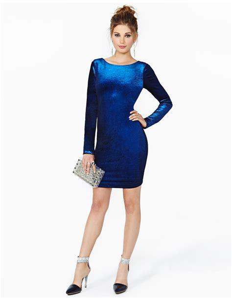 who is the viagra lady in blue dress ideas of velvet short dresses for women designers