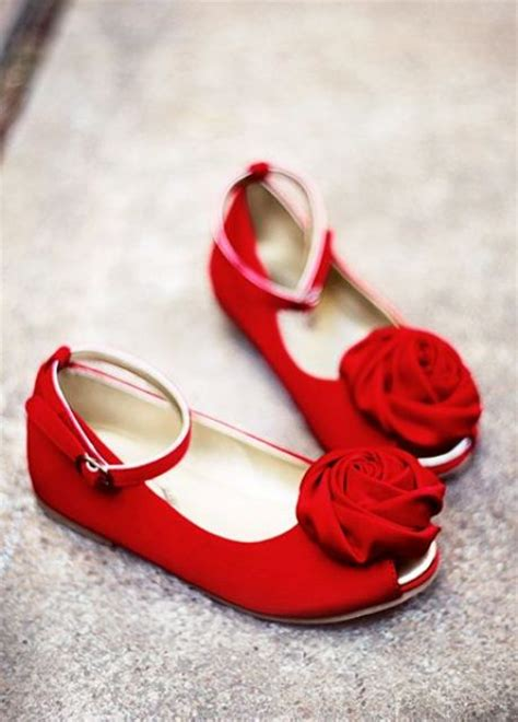 cute  sweet shoes ideas  flower girls weddingomania