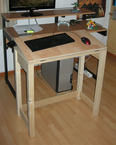 Adjustable Drafting Table With Basic Tools And Materials Diy Drafting Desk