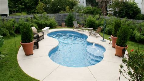 pool designs for small spaces small kidney shaped inground pool designs for small spaces