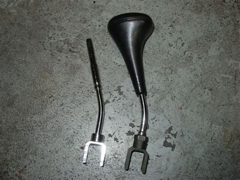 Mercedes Shift Knob Replacement by A W124 Shift Knob Shaft Replacement With Oem C280