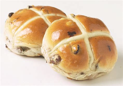 in a bun national cross buns day foodimentary national food holidays