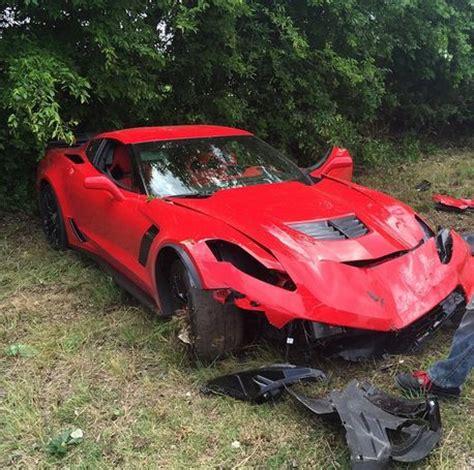 2015 chevrolet corvette z06 tries to run, crashes into a