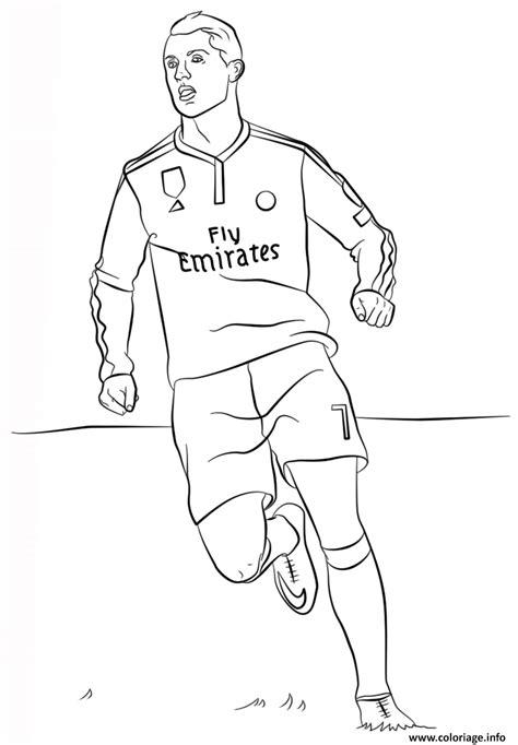 dessin de foot de ronaldo coloriage cristiano ronaldo foot jecolorie com